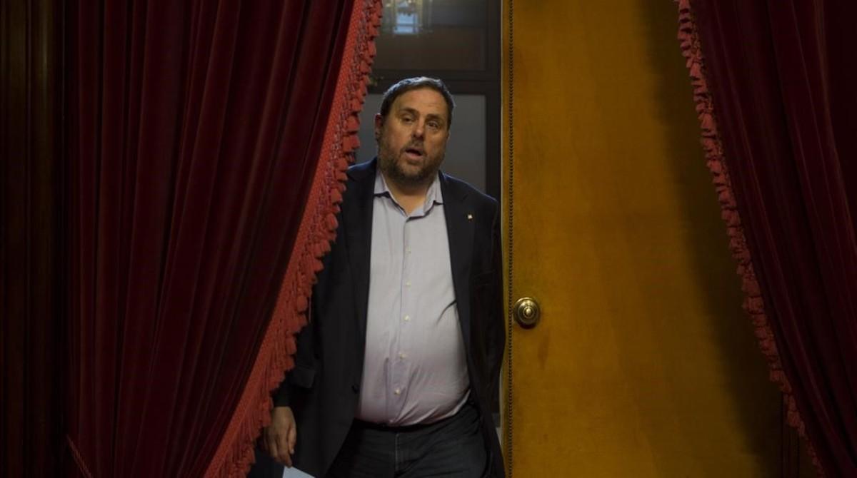 La Generalitat adelanta el pago de las nóminas a sus funcionarios (ES)