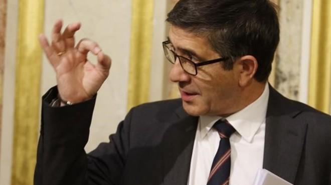 Sánchez inicia la integració al PSOE amb López i Vara