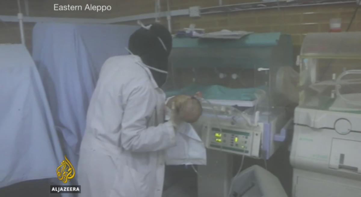 Rescat desesperat de nadons en incubadores en un hospital d'Alep