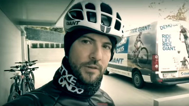 Mira com pedaleja David Bisbal
