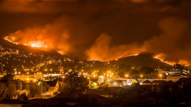 EL VÍDEO: Espectaculars incendis a Nova Zelanda