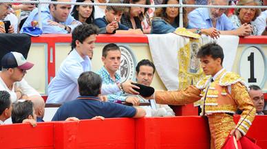 Froilán viatja a Santander per veure una corrida de toros