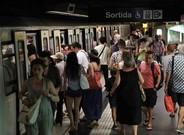 Una estación de la línea 4 del metro de Barcelona.
