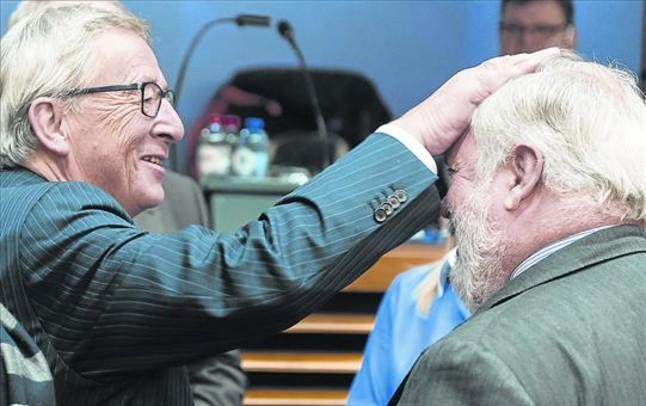 Una trampa fiscal atrapa a Juncker