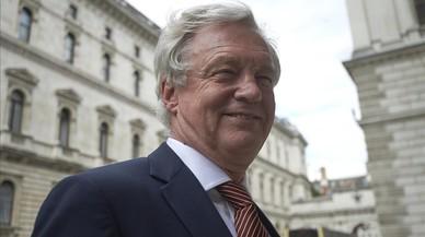 May desafia Europa amb un front negociador d'euroescèptics