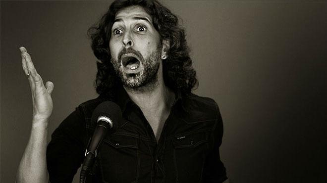 Arc�ngel interpreta 'Al filo de la alegr�a' de su �ltimo disco 'Tablao'