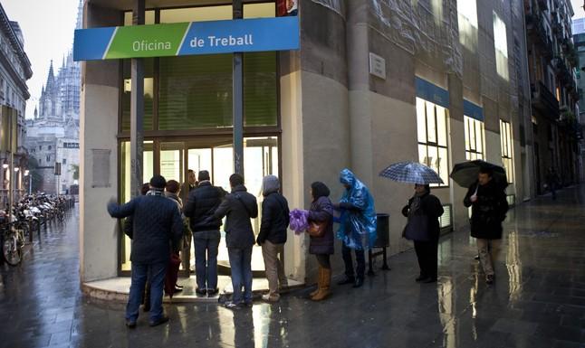 C ritas de bcn ayudar a buscar trabajo a personas for Oficina correus barcelona