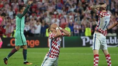 Los croatas lamentan su eliminación ante Portugal.