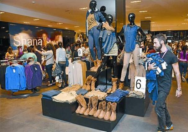 Shana crece en barcelona - Centro comercial maquinista barcelona ...