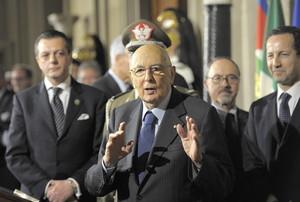 El president italià, Giorgio Napolitano, després de tancar la ronda de contactes polítics, aquest dissabte al palau del Quirinale, a Roma.