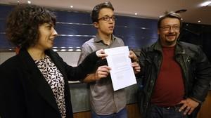 Íñigo Errejón, Xavier Domènech y Alexandra Fernández presentan el grupo plurinacional en el Congreso.