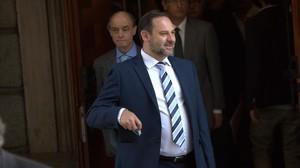 El portavoz provisional del PSOE, José Luis Ábalos, este martes en el Congreso.