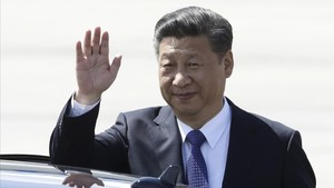 zentauroepp39189819 chinese president xi jinping waves as he arrives for the g 2170813192130