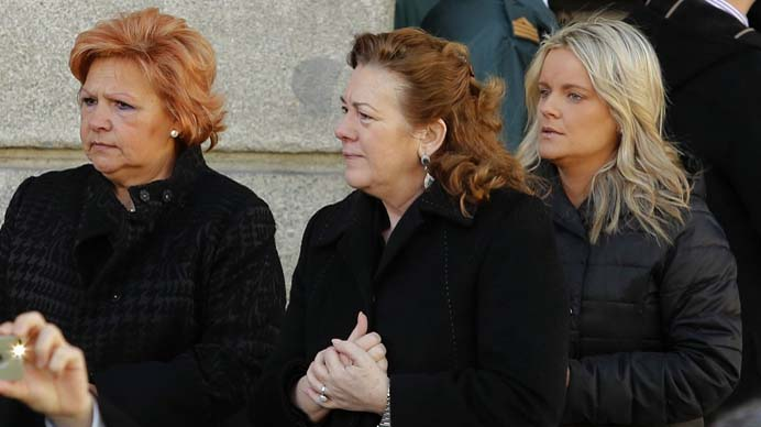 Acto de homenaje a las v�ctimas del 11-M en la Puerta del Sol.