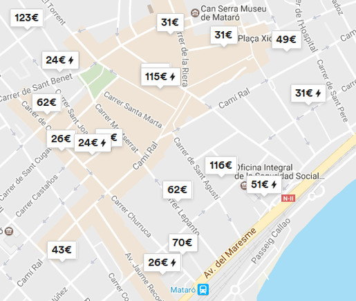Captura de pantalla del mapa d'ofertes d'Airbnb al centre de Mataró