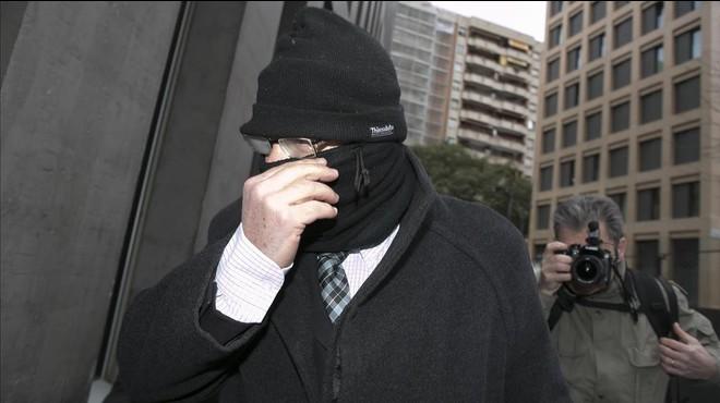 La Generalitat acata el mandat del Parlament i es presenta com a acusació en el 'cas Maristes'