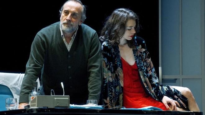 Gonzalo de Castro y Isabelle Stoffel, en una de las escenas de 'Invernadero'.