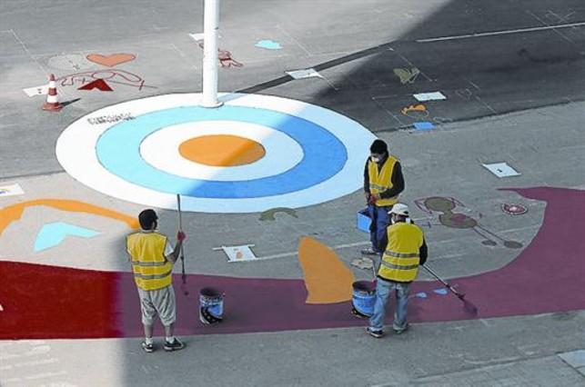 Proceso creativo 3 El gran dragón de 150 metros de longitud ya asoma ...