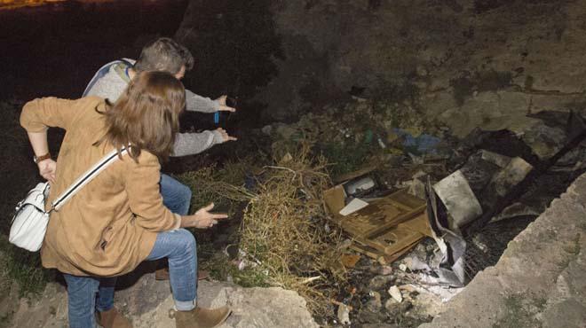 Tres menors detinguts per l'incendi d'una cova amb tres morts a Almeria