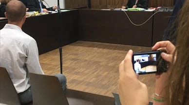 "Judici de pornovenjança a la Urbana: ""Ell volia que em veiessin com a una puta"""