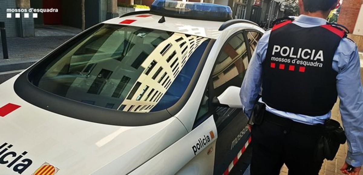 Detinguda una dona a Barcelona per simular set robatoris per cobrar l'assegurança