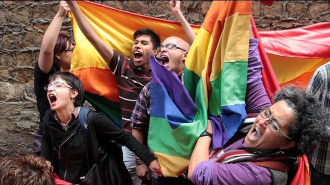 Colòmbia aprova el matrimoni homosexual