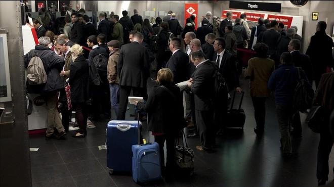 Metro, Ferrocarrils i bus amenacen amb vagues durant el Mobile World Congress