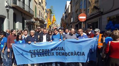 Més de 3.000 persones es mobilitzen a Terrassa per la municipalització de l'aigua
