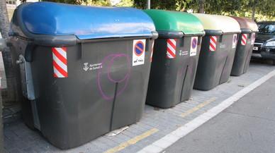 Sabadell tornarà a utilitzar contenidors metàl·lics per reduir els incendis vandàlics