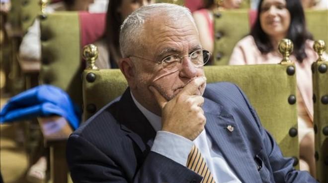 El jutge processa Juan Cotino i la trama Gürtel per la visita del Papa a València