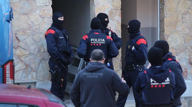 Macrooperatiu policial contra el tràfic de drogues.