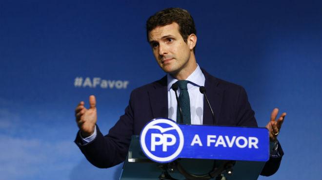 Pablo Casado compara la feina de les cambreres d'hotel amb la del seu germà metge