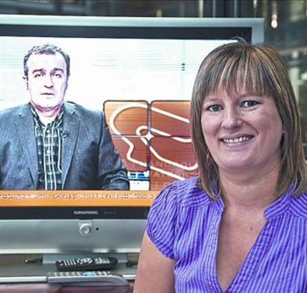 Karen González: «Soy hija de padres sordos, pero hablé muy pronto»
