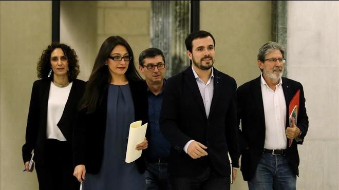 """Garzón, després de la cita del PSOE, Podem, Compromís i IU: """"Pot ser l'inici d'un pacte"""""""