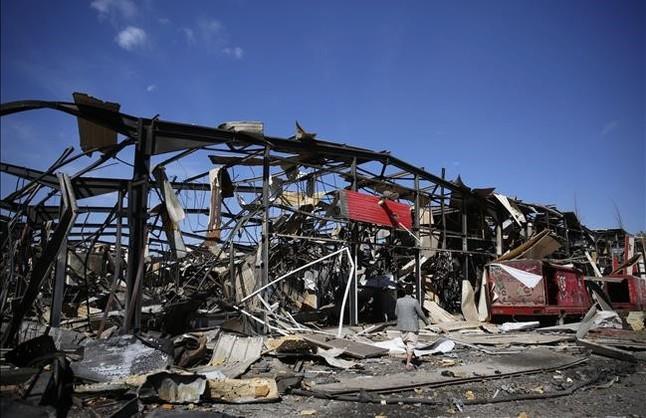 Fábrica de Coca Cola destruida tras un bombardeo saudí en Sanaa, Yemen.