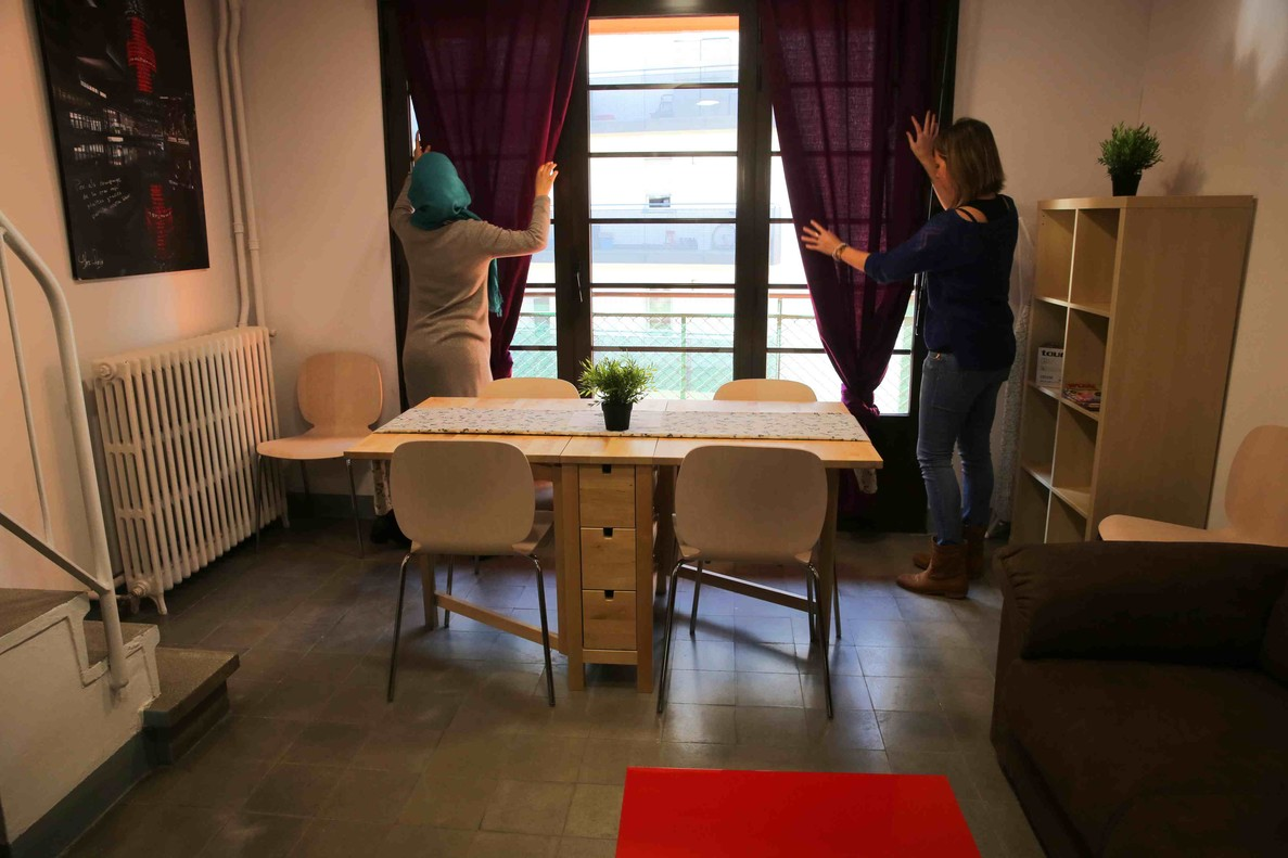 Catalunya podr acoger a 250 refugiados a mediados de abril for Pisos particulares manresa
