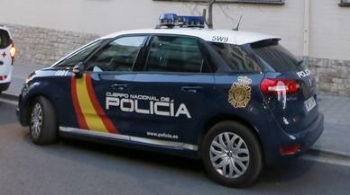 Trio sexual en un parc infantil i en ple dia: la Policia arresta tres joves a Madrid