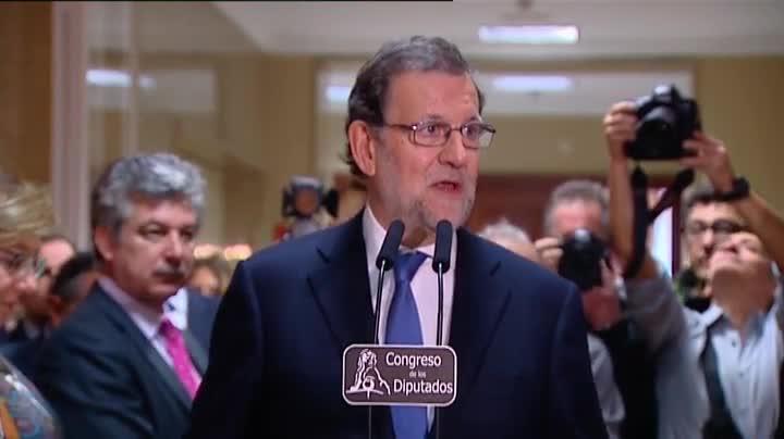 """Mariano Rajoy da por hecho que Pedro S�nchez busca su investidura y�asegura que """"ahora hay que tener conversaciones discretas para conocer la disponibilidad de cada uno""""."""