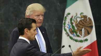"""Trump va amenaçar Peña Nieto amb enviar l'Exèrcit a Mèxic per frenar els """"bad hombres"""""""