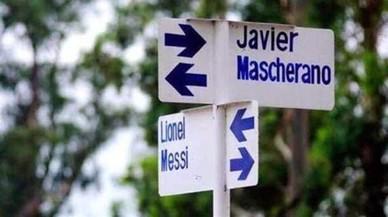 Si vas a Misiones (Argentina) no et perdis per la cruïlla dels carrers Messi i Mascherano