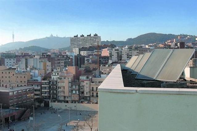 El autoconsumo el ctrico queda a expensas del nuevo gobierno - Calle marina barcelona ...