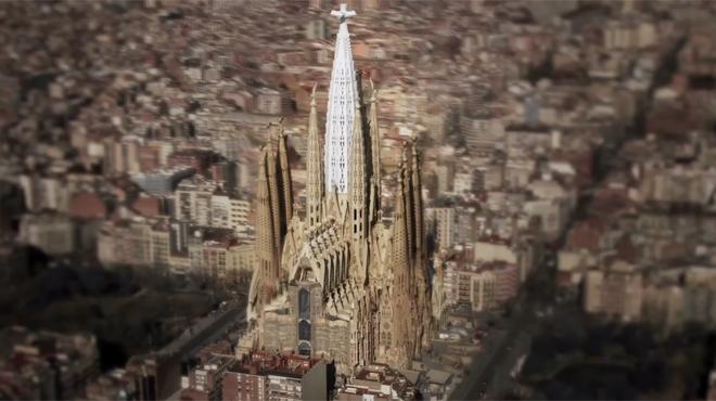 El v�deo informativo que explica c�mo se empiezan a construir este a�o las torres centrales.