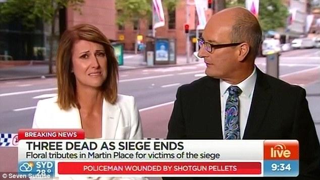 Una presentadora australiana es posa a plorar en directe al conèixer la identitat d'una víctima