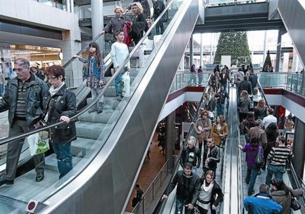 Cerca de 15 millones de personas visitaron la maquinista - Centro comercial el maquinista ...