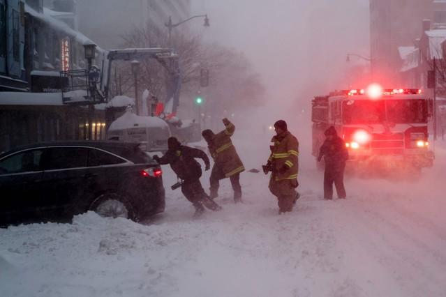 Servicios de emergencias por la tormenta Jonas