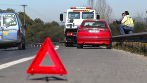 Atención de una avería en carretera.