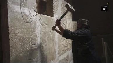 El Estado Islámico destruyó los monumentos arqueológicos de Nimrud, en Irak