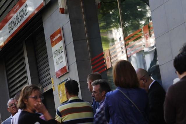 Cae ligeramente la preocupaci n por el paro y la corrupci n - Oficina empleo madrid ...
