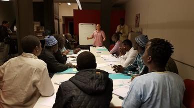 Los quince seleccionados reciben una formaci�n que les permite analizar el mercado y decidir c�mo quieren que sea la cooperativa.