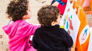 La Obra Social La Caixa reparte 11.402 kits básicos de material escolar